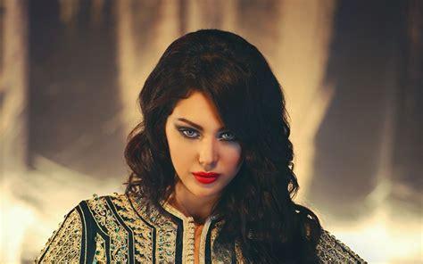 Ibtissam Tiskat élue Star La Plus Sexy