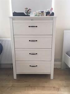Ikea Brusali Nachttisch : ikea brusali chest of 4 drawers almost new in golders ~ Watch28wear.com Haus und Dekorationen