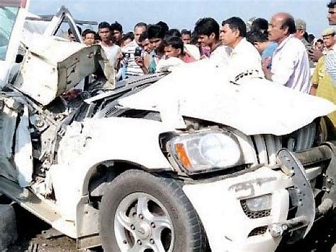 Four School Students Killed In A Scorpio Crash