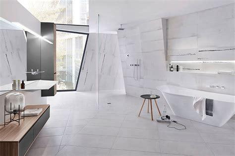 Designbadkonzept Mit Fliesen In Xxl Bundesverband