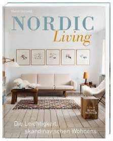 wohnzimmer im kolonialstil wohnen im skandinavischen landhausstil nordic style nordischen landhauslook