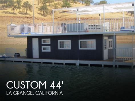 House Boats For Sale In California by For Sale Used 2000 Custom 30 44 Houseboat In La