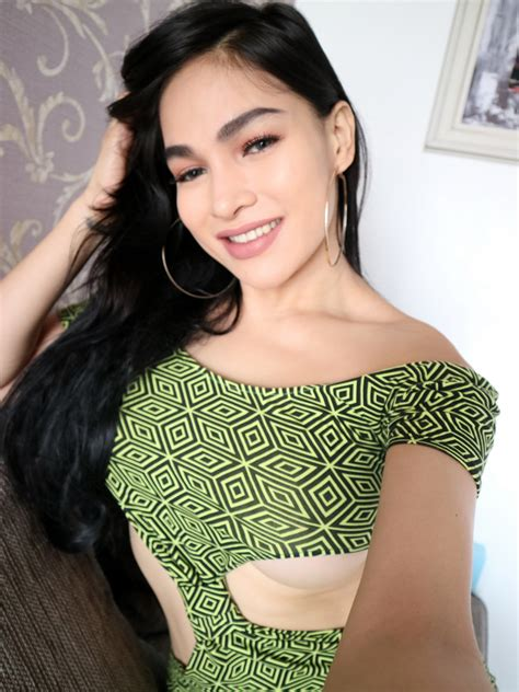 Sexy Dress Selfie