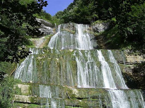 maison des cascades du herisson cascades du hrisson en cing car en franche comt
