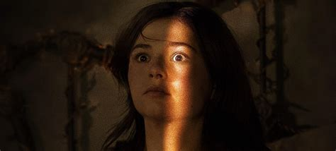 Official Poster & Sneak Peak for INSIDIOUS: CHAPTER 3