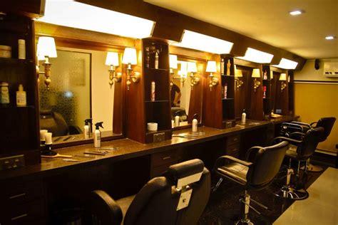 gentlemens lounge  signature salon  faakhir