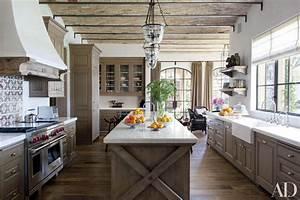 13, Alluring, Modern, Farmhouse, Kitchens