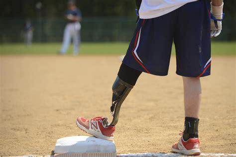 military amputees   ai  teach  prosthetics