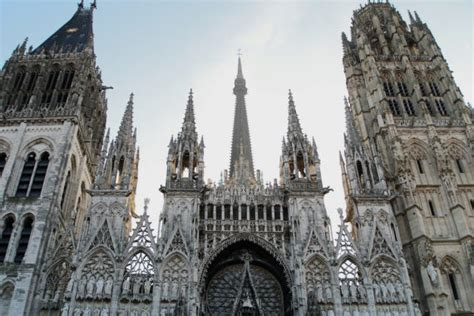 French Gothic Cathedrals  An Insider's Guide From Context