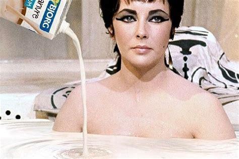 Bagno Nel Latte bagno nel latte per nutrire e idratare la pelle come cleopatra