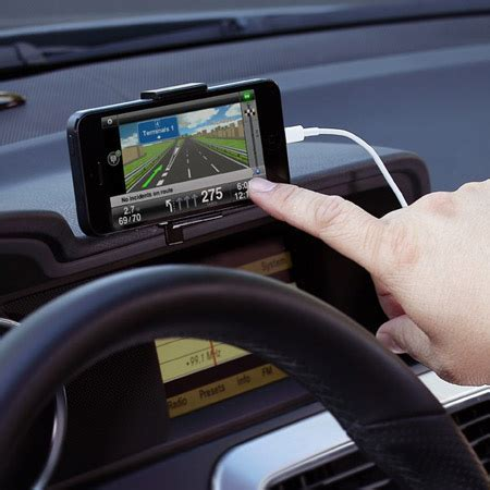 iphone mount for car xtand go car mount for iphone 5s 5