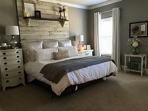 Cozy Farmhouse Master Bedroom Design Ideas 821 — Fres Hoom
