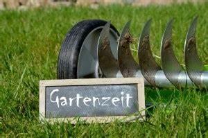 Rasen Vertikutieren Wie Oft : unkraut im garten was hilft garten mix ~ Markanthonyermac.com Haus und Dekorationen