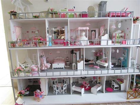 Maison Barbie Sur Roulette  Recherche Google Adèle