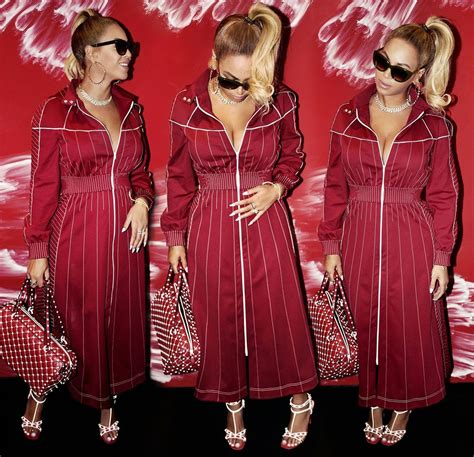 gifts for beyonce fans best holiday gifts for beyonce fans popsugar celebrity