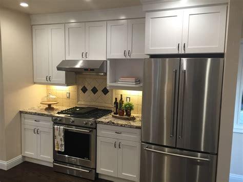 soft white kitchen cabinets soft white or white shaker kitchen bath cabinets 5591