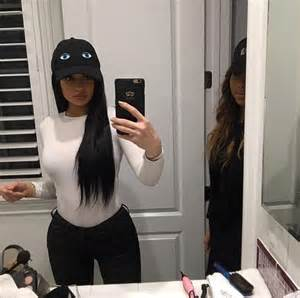 kylie jenner shows off her christmas tree ornaments on With kylie jenners bathroom