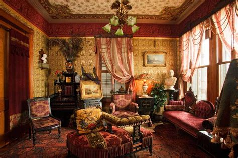 Victorian style living room, victorian age certainly one which century increasingly fascinated retrofits guy ritchie sherlock holmes movies rise steampunk literature subculture even interior design. Domythic Bliss: Victorian Decorating