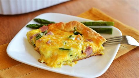 breakfast casserole bake ham and asparagus breakfast bake how to from pillsbury com