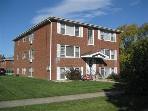 Marycrest Apartments Joliet Il by 521 Kungs Way Joliet Il 60435 Rentals Joliet Il