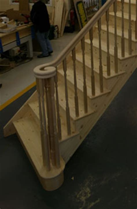 Entry steps to staircases bullnose curtail double curtails