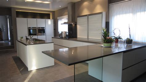 table de cuisine ronde en verre table cuisine en verre table de cuisine en verre