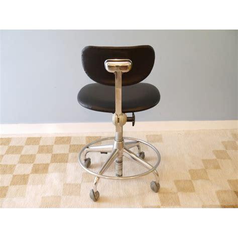 fauteuil bureau industriel chaise de bureau vintage bureau et chaise mullca 300 l 39