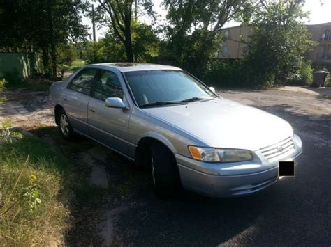 1998 toyota camry mpg purchase used 1998 toyota camry le sedan 4 door 2 2l in