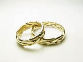 bridal gold rings gold celtic wedding ring set wedding rings pictures