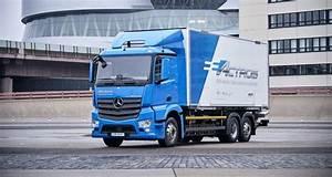 Mercedes Poids Lourds : mercedes benz eactros le camion lectrique selon daimler ~ Medecine-chirurgie-esthetiques.com Avis de Voitures