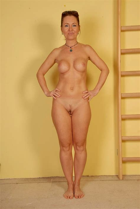 amateur wife hairy pussy standing frendliy porno chaude