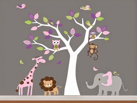 dessin pour chambre de bebe dessin chambre garcon avec fresque murale dans la chambre
