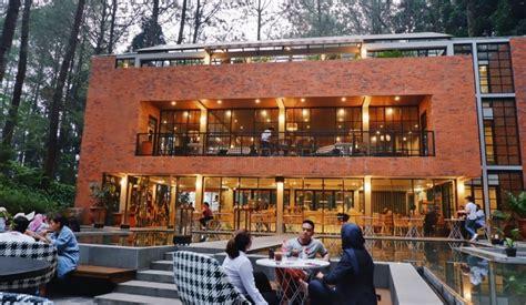 lake house cafe  nuansa alam bebas  sejuk