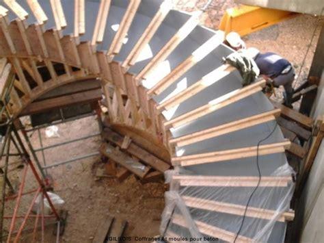 Ferraillage Escalier Balancé by Coffrage Pour Escalier Beton Coffrage Bois