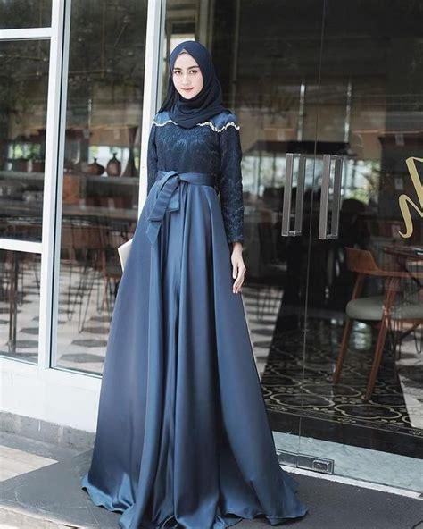 Garansi shopee   gratis ongkir   100% bebas biaya. Inspirasi 7 Dress HIjab Biru Elegan & Santun Untuk ...