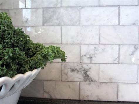 carrara marble subway tile kitchen backsplash carrara marble backsplash design ideas