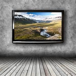 Fernseher Wandmontage Höhe : fernseher aufh ngen tipps zur optimalen h he kabeln und ~ Frokenaadalensverden.com Haus und Dekorationen