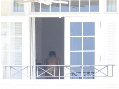 Rihanna Tutta Nuda Alle Barbados Buon Ano Spetteguless