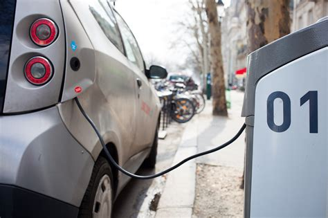 electric cars charging volta persuading brands to pay for electric car chargers
