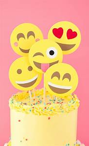 Emoji party cake • A Subtle Revelry