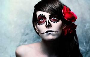 Zombie Schminken Bilder : coole halloween schmink ideen ~ Frokenaadalensverden.com Haus und Dekorationen