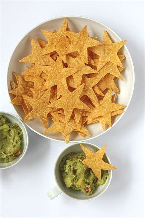 torus shaped treat 10 bite sized treats for your award show viewing party guacamole shape and crackers