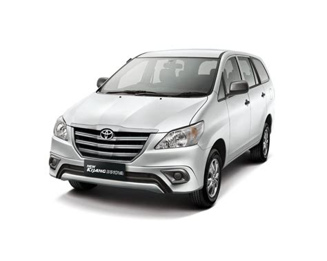 Toyota Innova Price by Facelifted Toyota Innova 2013 Price In India To Start At
