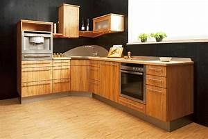 Moderne Küchen Aus Massivholz : alles ber vollholzk chen die holzk che bei k chenatlas ~ Sanjose-hotels-ca.com Haus und Dekorationen