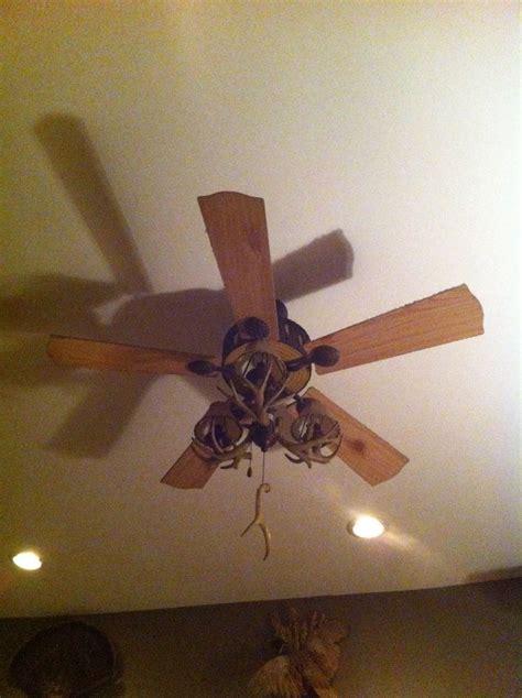 deer antler ceiling fan deer antler ceiling fan hunter 39 s den pinterest