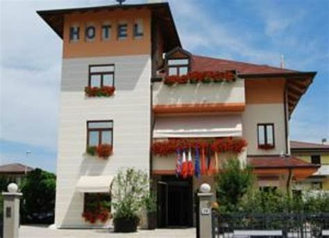 small hotel royal updated 2018 prices reviews padua