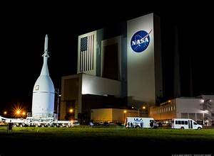 Inside KSC: NASA's historic VAB set for new era of human ...