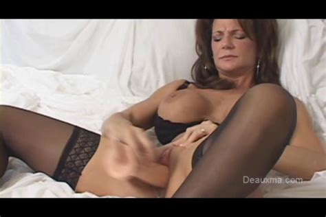 Deauxma Coming Climax With Dildo On Gotporn