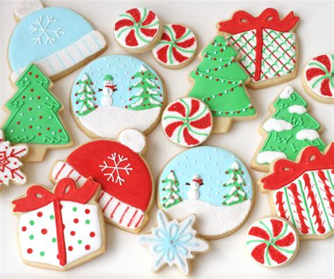 This year, you might have taken on more baking projects than ever before, with days spent making breads the act of making christmas cookies is supposed to be fun, messy, and delicious. Decorated Christmas Cookies - Glorious Treats