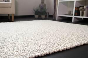 Teppich Unter Sofa : suche teppich amazing ankauf kaufe teppich suche perser teppiche with suche teppich simple ~ Frokenaadalensverden.com Haus und Dekorationen